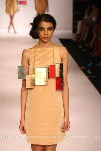 186535-eina-ahluwalia-show-at-lakme-fashion-week-summer-resort-2012.jpg