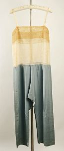 trousers 1026-27